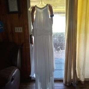 Size 14 davids bridal dress